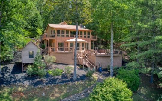 log-cabin-blue-ridge